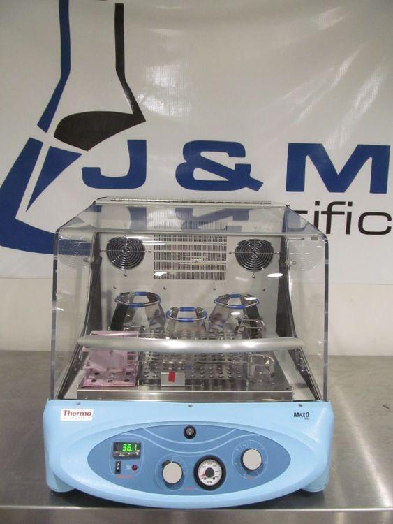 Barnstead MaxQ 4000 Incubator Shaker