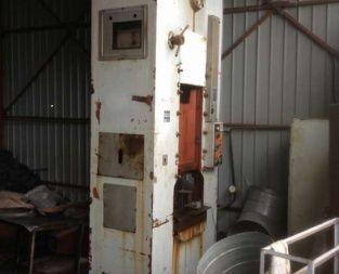 Strojarne Piesok LU 160 Double column crank press 160 Ton