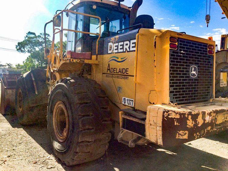 John Deere 824J Wheel Loader