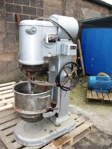 Peerless M40 Bowl Mixer