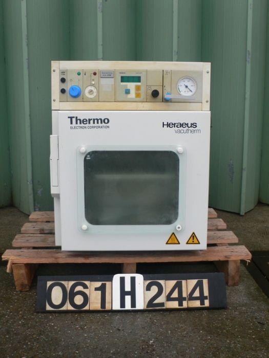 Heraeus VT-6025 - Drying oven
