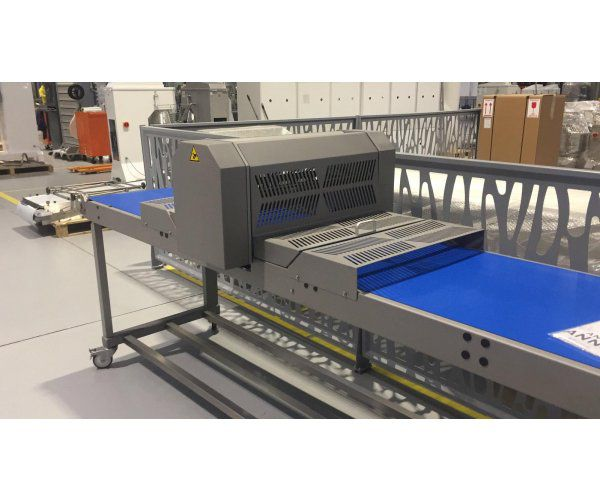Other CUTTING TABLE WITH QUILOTINE