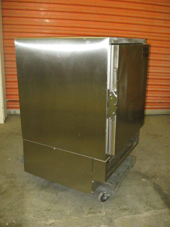 Puffer Hubbard IUF3005A12 Freezer