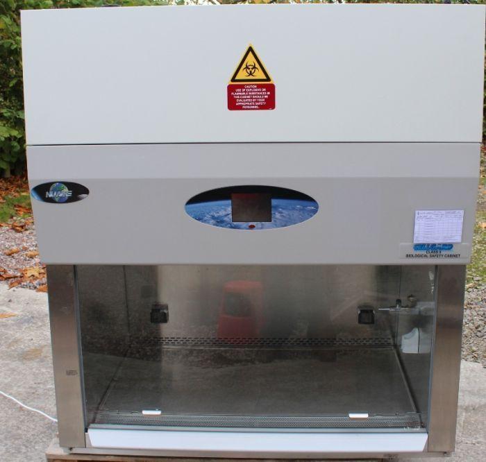 NuAire Cellguard Class 2 Biosafety Cabinet