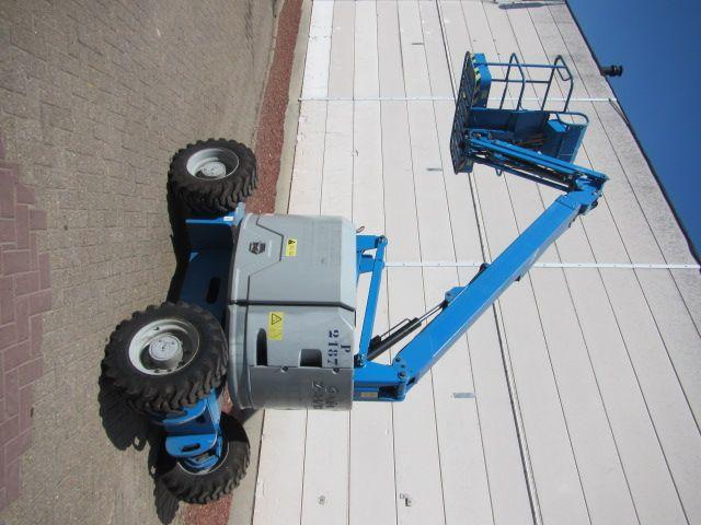 Genie Z34-22RT 227 kg Articulate  Lift Truck