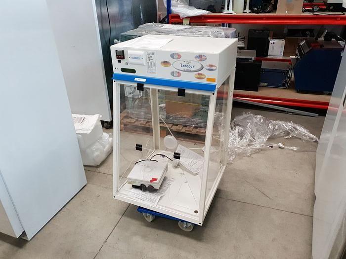 Trionyx Labopur NF X 15-211 fume cabinet