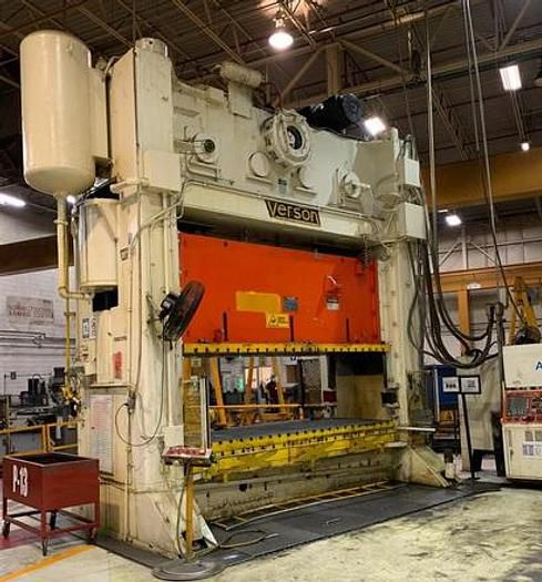Verson S2-600-144-60 600 Ton