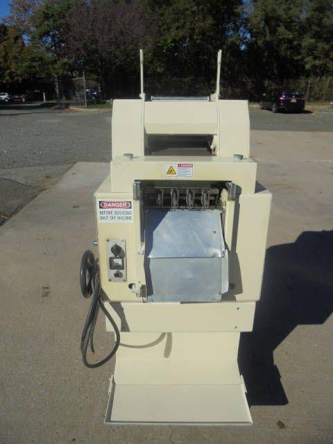 Dominioni MR-135A Tortellini Pasta Machine