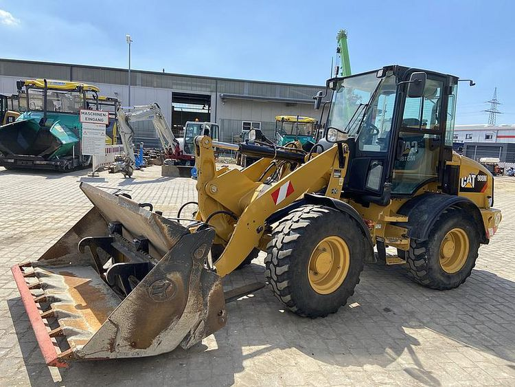 Caterpillar 908 M Wheel Loader