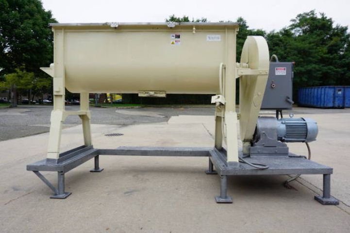 Young 17.5 CU. FT DOUBLE RIBBON BLENDER