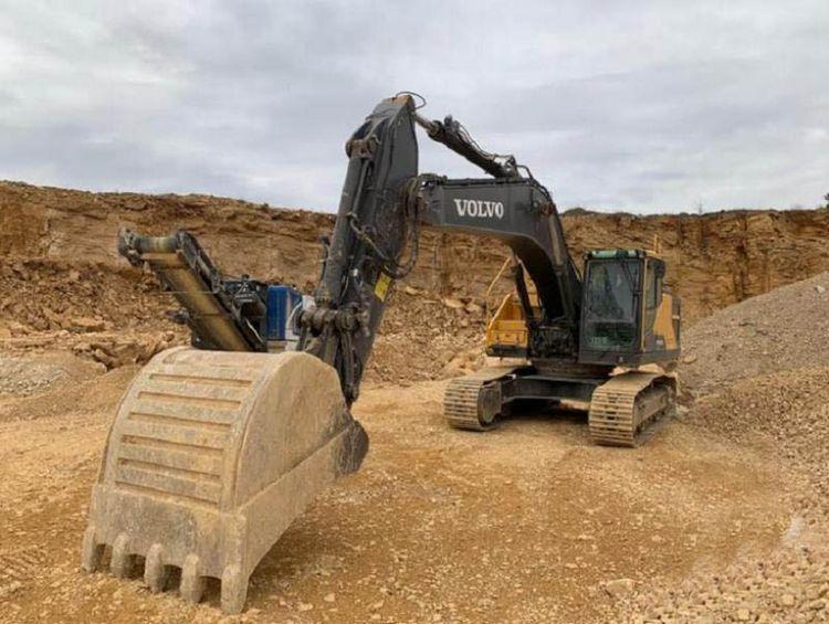 Volvo EC 300 ENL Tracked Excavators