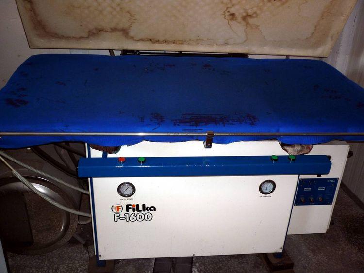 Filka Iron and Steaming Machine