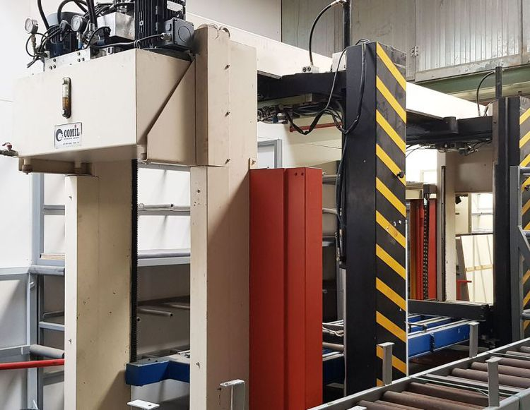 Comil Astro, Thoughfeed Carcase clamp