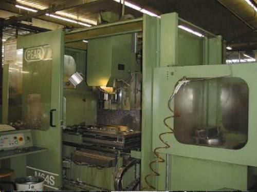 VERTICAL WORKING CENTER PEAR M64 S 3 Axis