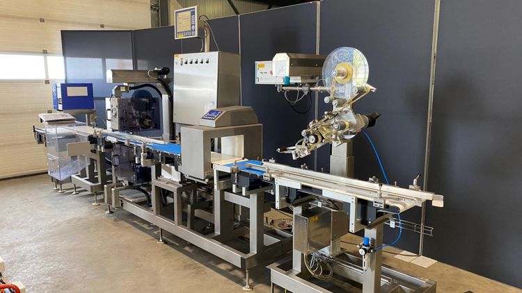 Mettler Toledo price-weighing and labelling line