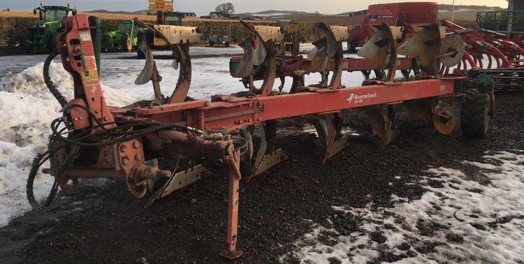 Kverneland ED 100/200 Plough