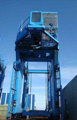 Factory Crane Max. 40 tons
