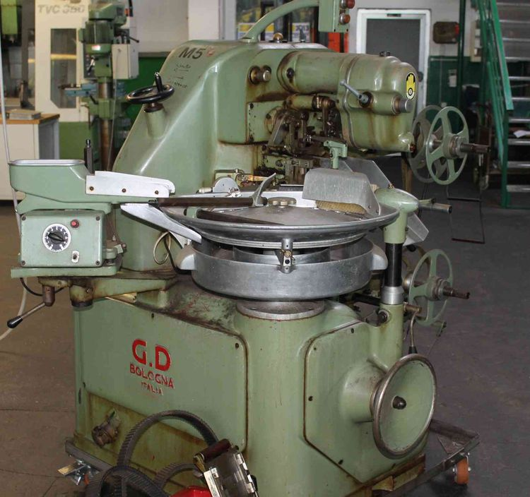 GD 2400 ACMA GD candy Wrapper Twist on Top