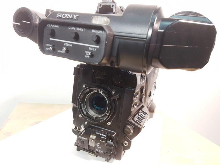 Sony PDW-700 + HDVF-200 + SD