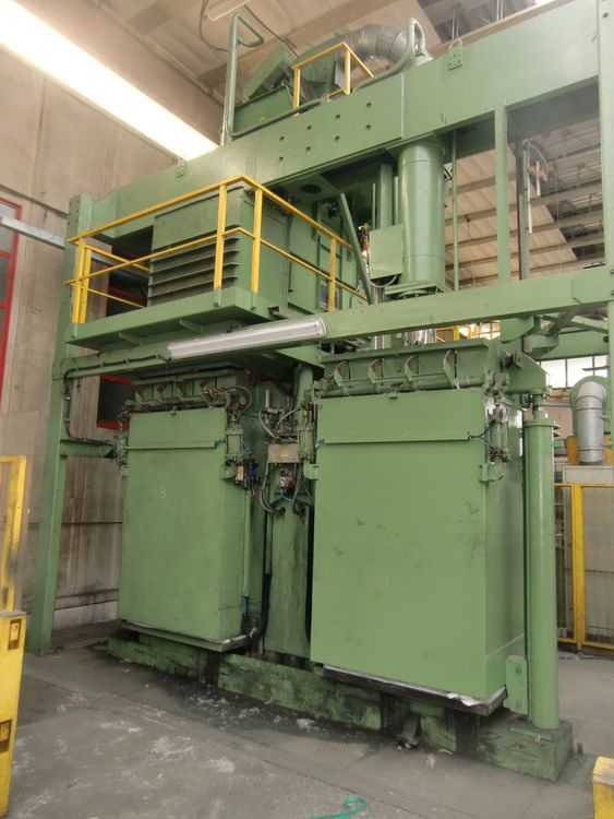 Gualchierani FTR/60 vertical double bale press, yoc: 1979 – refurbished in 1999, bale weight: 250 kg, pressure: 60 tons