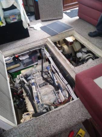 Detroit Pair Detroit 8.2L Marine engines