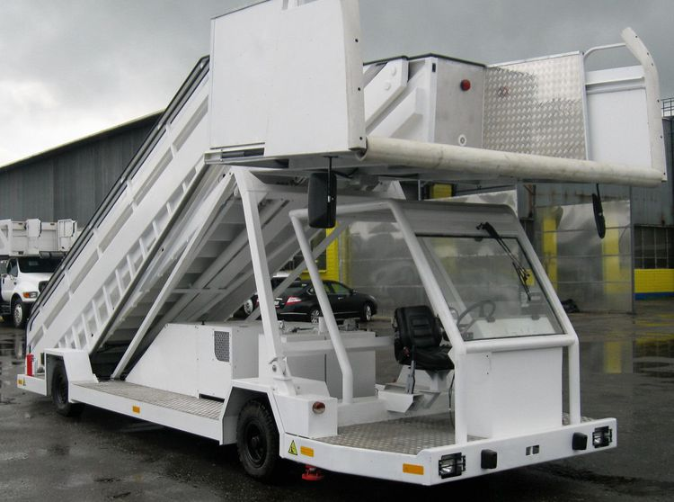 FMC SmartStep-2, Passenger Stair