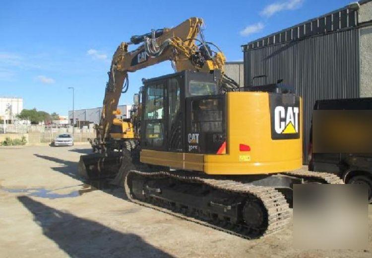 Caterpillar 325 F Tracked Excavator