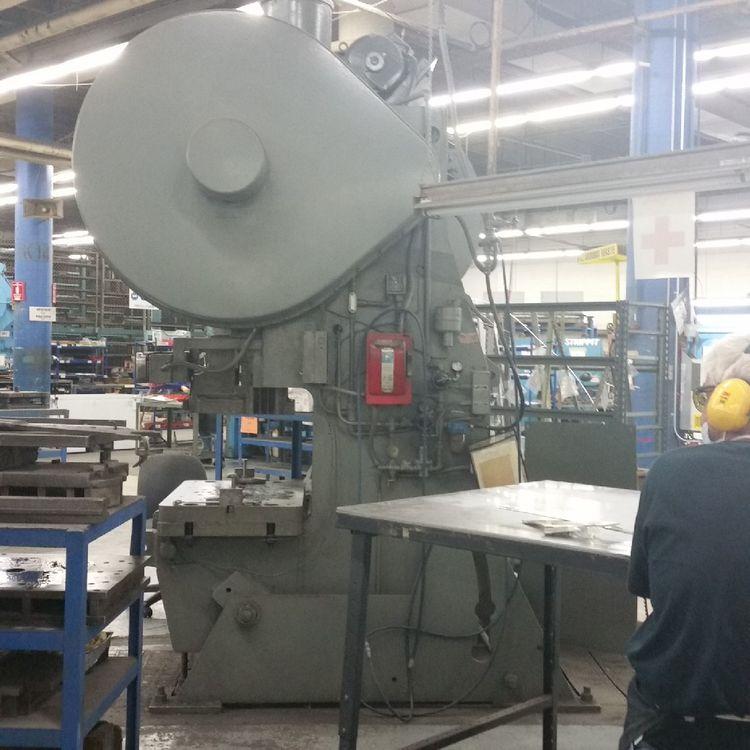 Niagara A-90  Punch Press 90 Ton