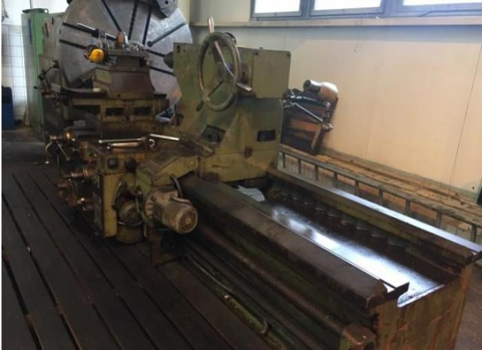 TOS Engine Lathe Variable SU 125