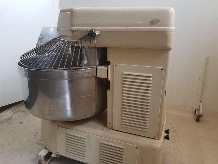 Esmach ISE-200 FR BN Spiral Dough Mixer
