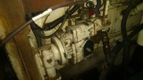 2 Cummins KTA38-M2 (1400) Marine Engine