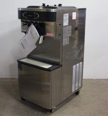 Taylor C713 Soft Serve Ice Cream Machine