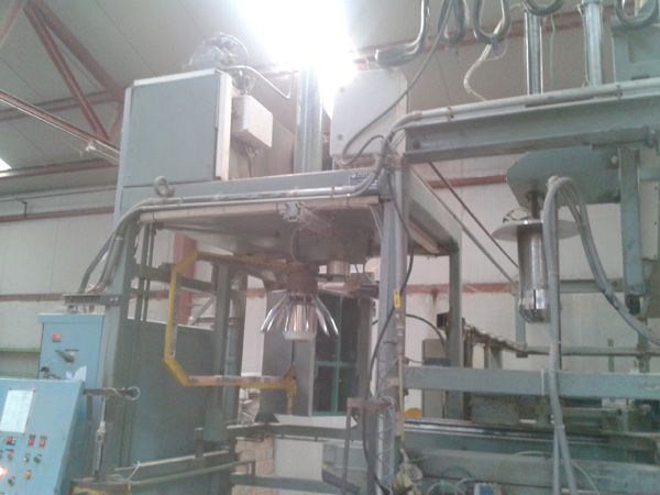 St eloi 4/80 Automatic bump press