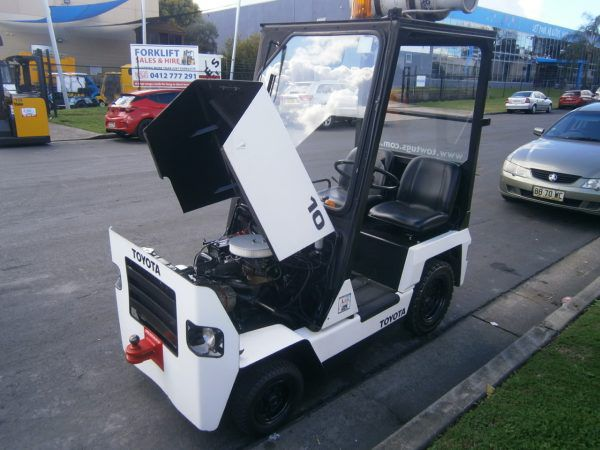 Toyota 02-2TG10 LPG (With Canopy)
