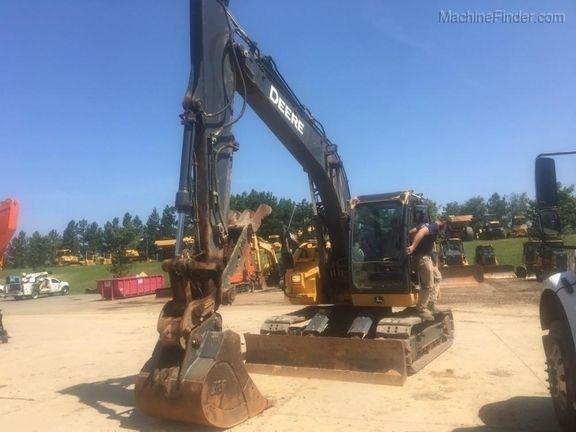John Deere 135G Excavator