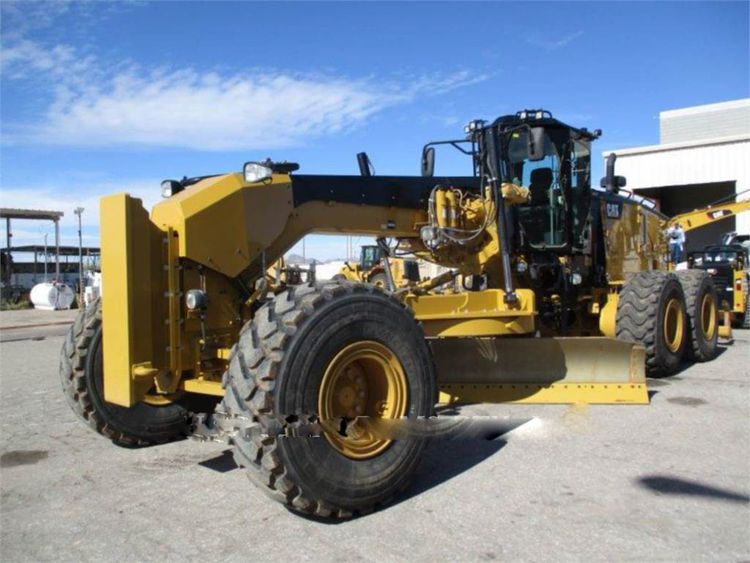 Caterpillar 16M3 Motor Graders