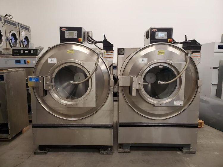 Unimac UW150TVRU10002 150 Lb. Open Pocket Washer Extractor