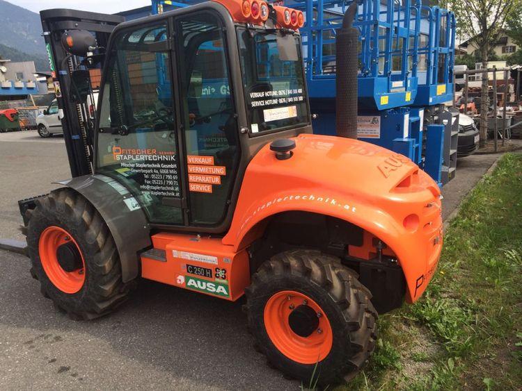 Ausa C250 H X4 2500 kg