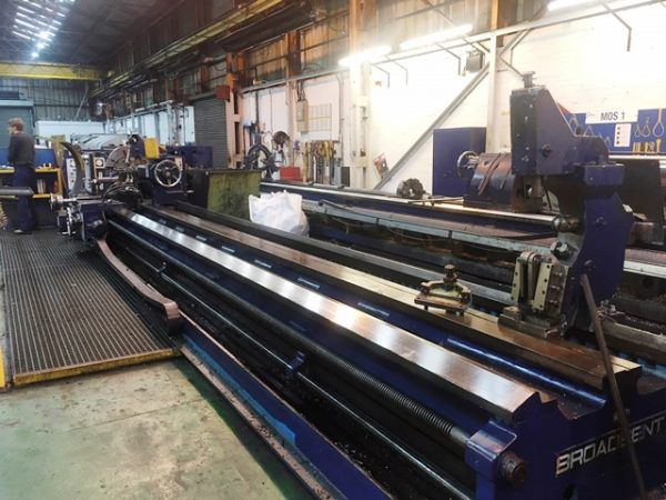 Broadbent Engine Lathe Max. 450 rpm 3 Shear Bed Centre Lathe x 8000mm