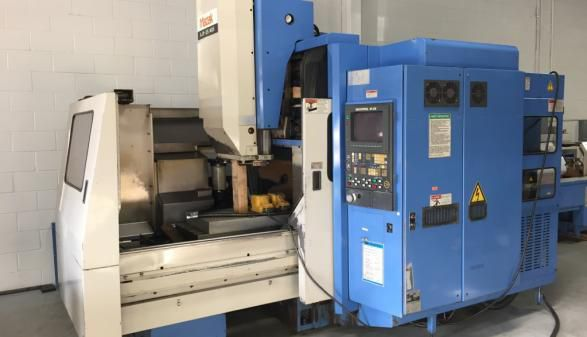 Mazak AJV-25/405 with Rotary 5 Axis