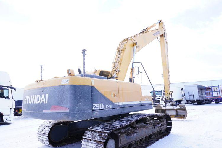 Hyundai ROBEX 290LC-9 Tracked Excavator