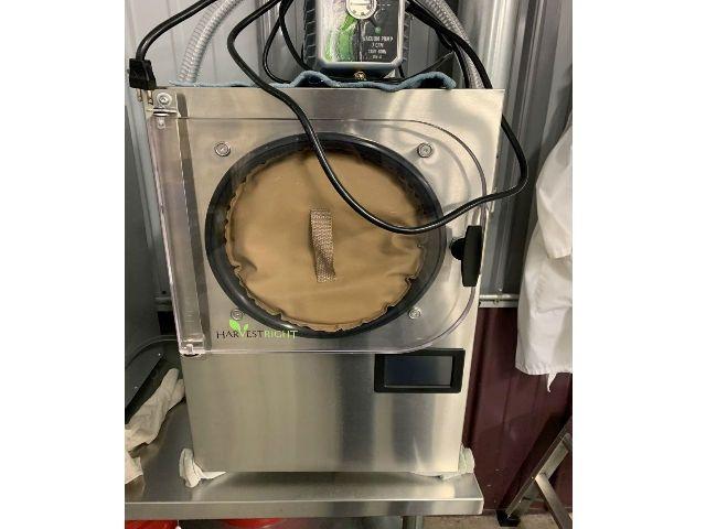 Harvest Right Laboratory Freeze Dryer