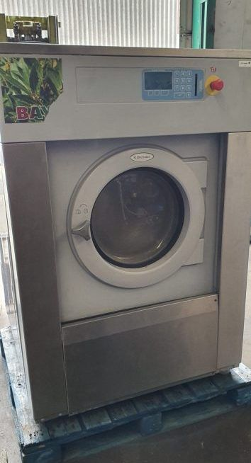 Electrolux W4300H Washer Extractor