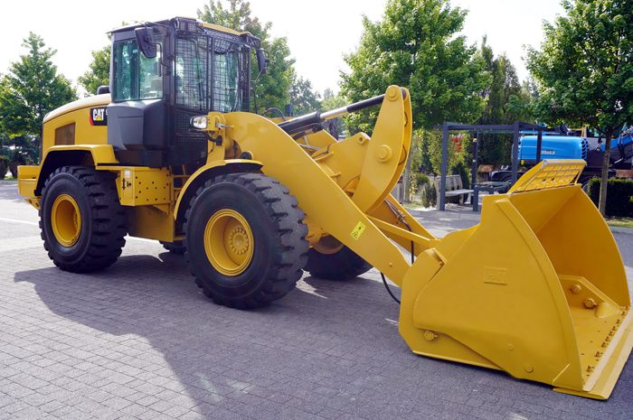 Caterpillar 930M Wheel Loaders