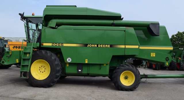 John Deere Combine