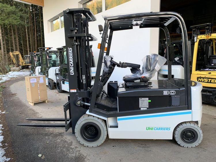 UniCarriers DX30 3000 kg