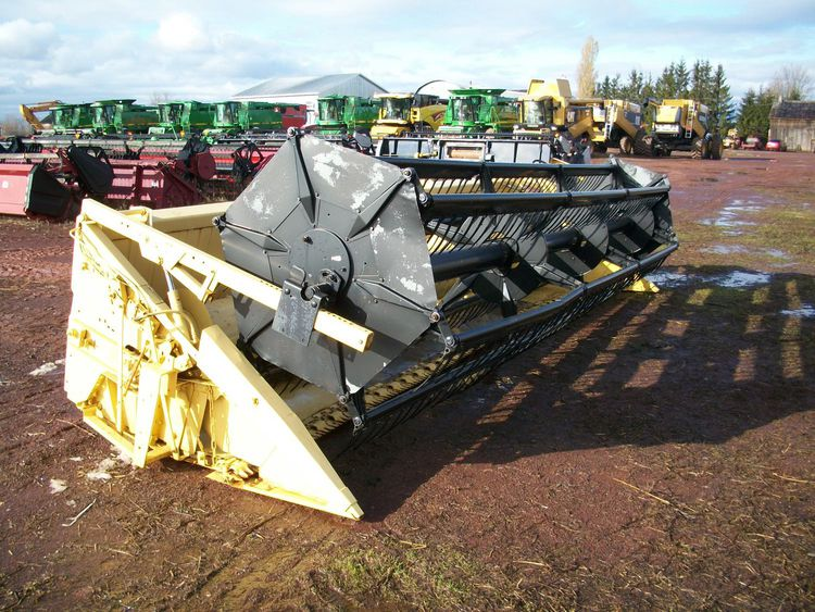 New Holland 973 Combine Platforms