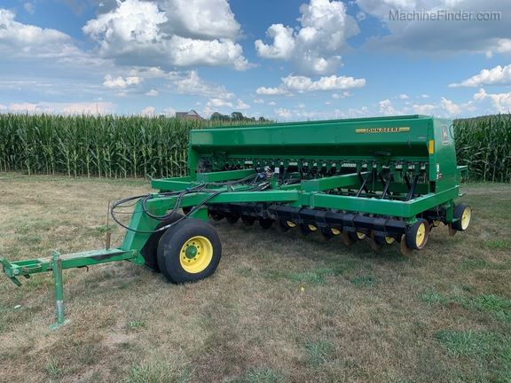 John Deere 750 Box Drills