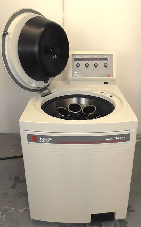 Beckman Coulter Avanti J-20 XP Centrifuge with Optional Rotor