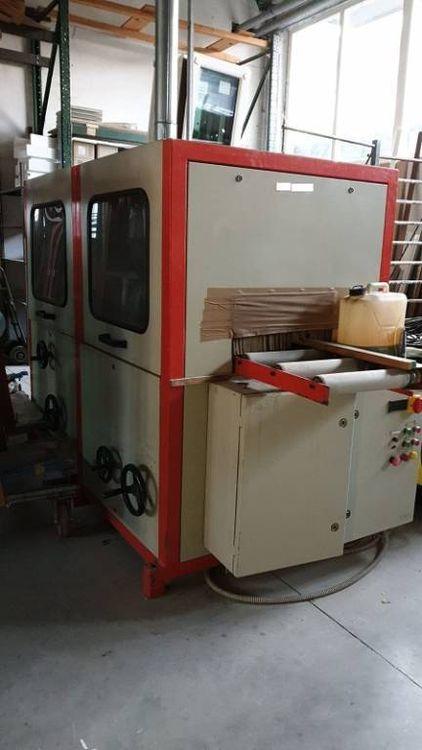 Quickwood Brushing machine for profiles